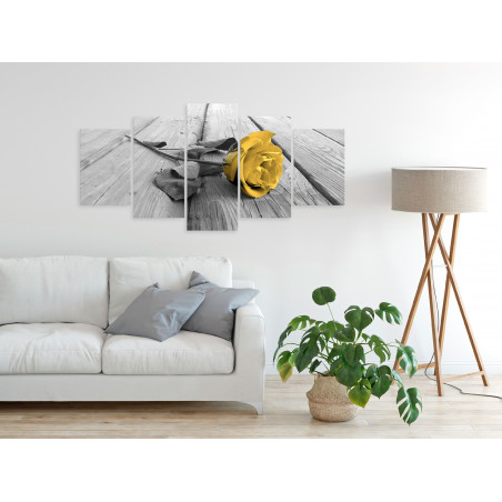 Tablou Rose On Wood (5 Parts) Wide Yellow 100 cm x 50 cm-01
