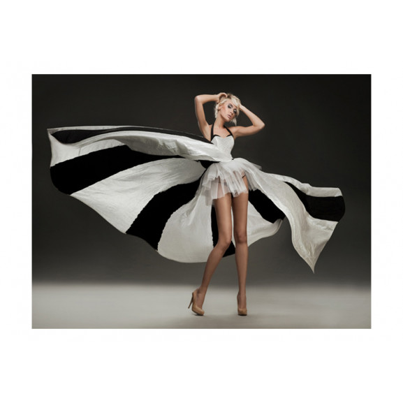 Fototapet Beautiful Blonde In Marvelous Dress 200 cm x 154 cm naturlich.ro